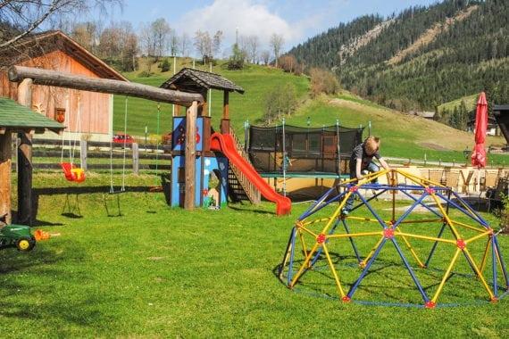 Kinderspielplatz –Inklusivleistungen im Hotel & Gasthof Forstauerwirt, Forstau, Salzburger Land